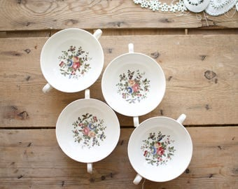 Wedwood Conway Footed Cream Soup Bowl and Saucer, Wedgwood Edme Barlston Eturia Earthenware