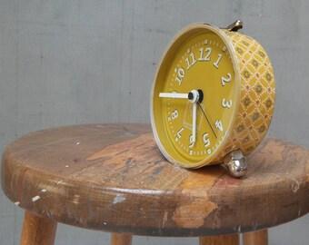 Alarm clock, safran