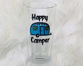 Happy Camper pint glass or stemless wine glass/ camping wine or pint beer glass/ retired wine glass/camping gifts/glamping wine glass