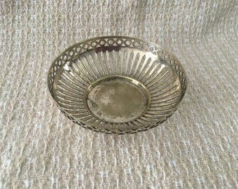 Silver Plate Filigree Bowl, Silver Plate Round Basket, Rd551556, EPNS, Silver Plate Open Work Bowl