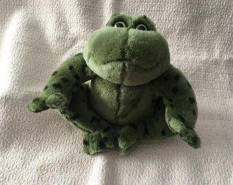 Gund Green Frog, Plush Green Frog, Gund Bullfrog, Ribbit Plush Frog, Croaking Frog, Gund Plush Animals