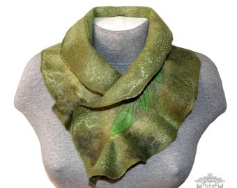 green felted scarf ruffled neck wrap scarf felted Victorian collar merino wool scarf boa woman wool scarf Mother gift Christmas July Sale