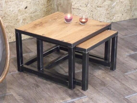 articles similaires table gigogne bois et m tal au design industriel sur etsy. Black Bedroom Furniture Sets. Home Design Ideas