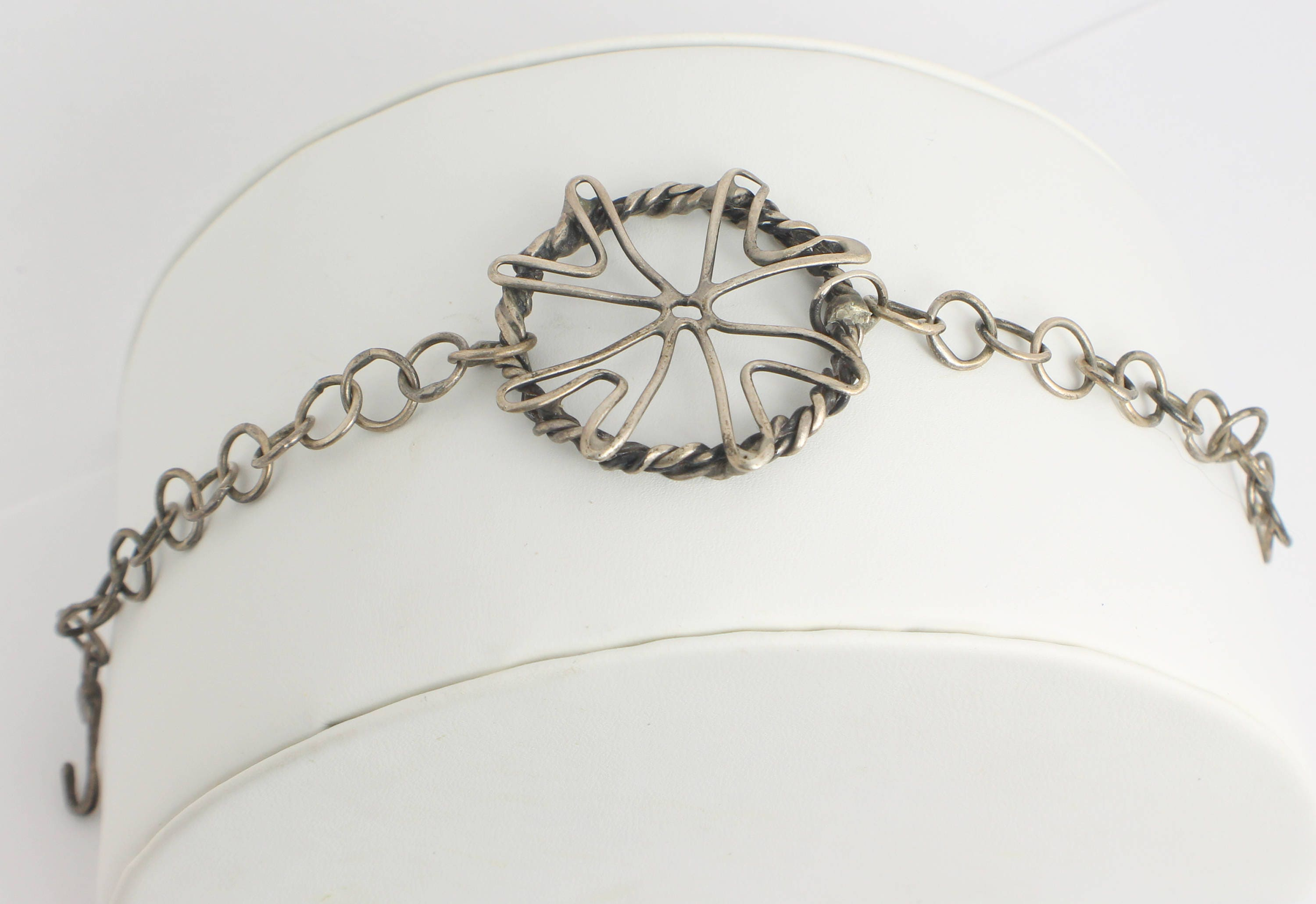 Abstract Wire Flower Silver Bracelet with an Abstract Flower Created ...