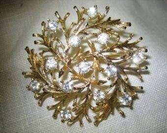 Vintage Lisner Rhinestone Snowflake Circle Brooch