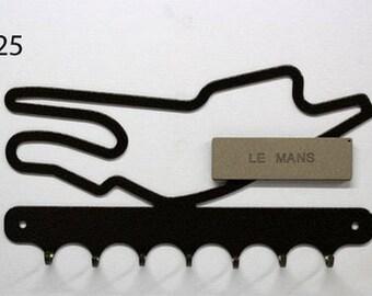 Hangs 26 cm pattern metal keys: circuit Le Mans