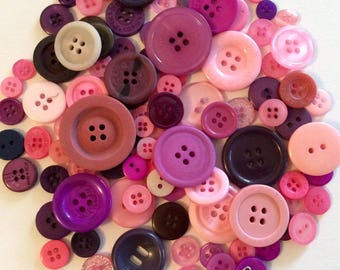 Mix of 100 buttons of various sizes (Ref.170216.1)