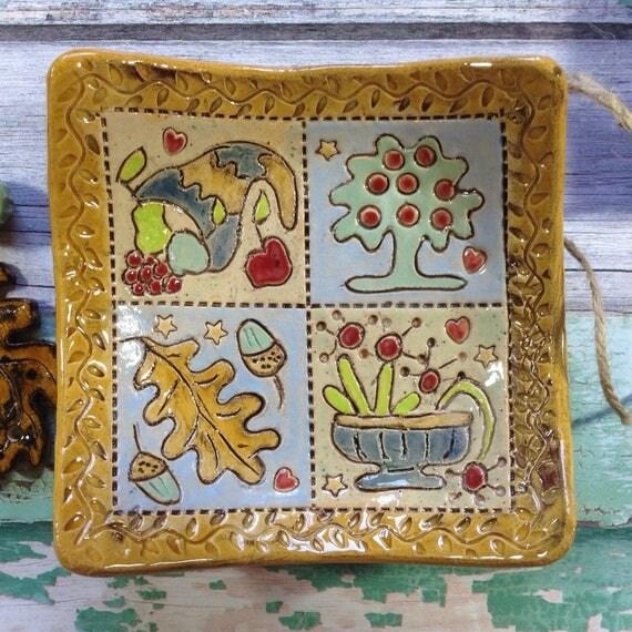 Trinket dish, small bowl, ceramic, handmade, ornamental, colourful, folkart, applique