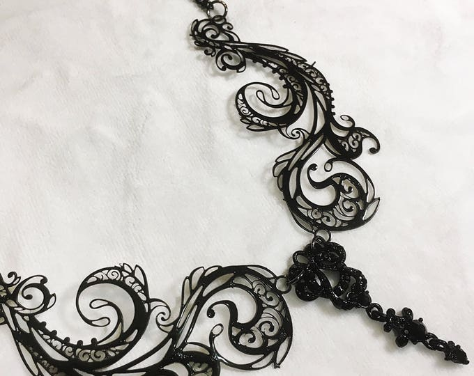 Metal Filigree Jewelery , handmade in italy adjustable 2 piece necklace labyrinth style