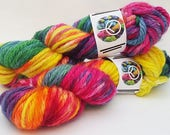 Hand dyed British wool - Rainbow Drops - Poppy Twist - Chunky - 100% Bluefaced Leicester