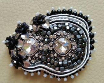Brooch Venetian Carnival in steel and Hematite with soutache flowers