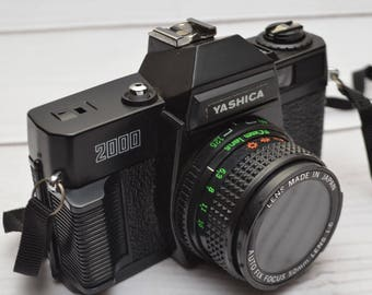 Vintage Yashica 2000 35mm Film Fixed Focus Toy Lomography Camera