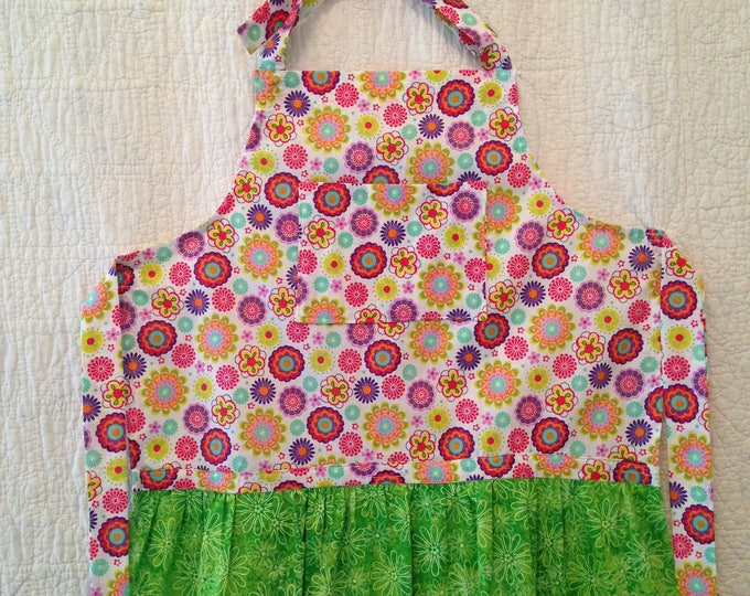 Multi Color Mod Floral Tween Apron. Lime Bib and Ruffle on Boho Adjustable Girl's Apron. Matching Larger Apron Available