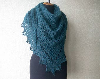 Crochet shawl. Openwork knitted shawl. Emerald crochet wrap, triangular large shawl, warm shawl. Lace scarf, crochet scarf, Finished work
