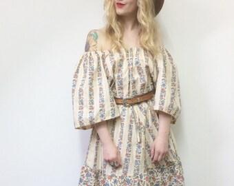 Vintage 70s Dress, 1970s Dress, Boho Dress, Folk Dress, Gypsy Dress, Vintage Mini Dress, Floral Dress, Off Shoulder Dress, S-M