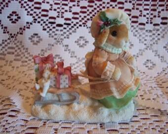"Blushing Bunnies ""Gift of Frindship"" Figurine"
