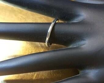 14kt White Gold Wedding Band Ring Size 8 1/2