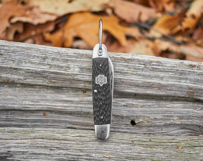 Girl Scout Featherweight pocket knife made by Utica