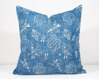 "SALE!  18""x18"" Vintage Indigo Batik Pillows, Old Chinese HMONG Batik Fabric Pillow Case, Ethnic Textile Cushion Cover"