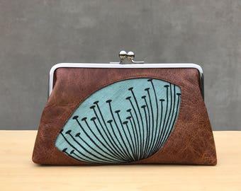 Brown Leather Dandelion Kiss Lock Clutch