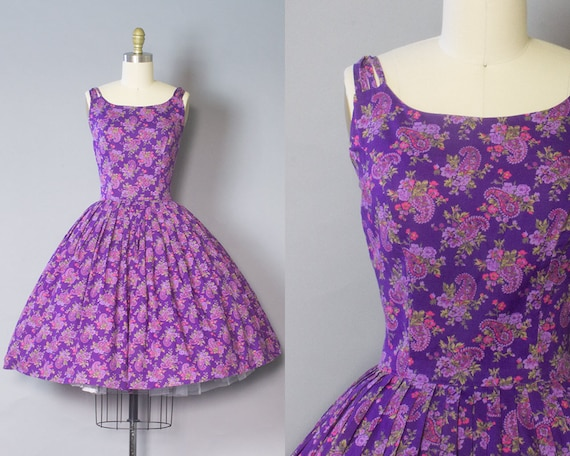 1950s Purple Paisley Sundress/ Medium (36B/28W)