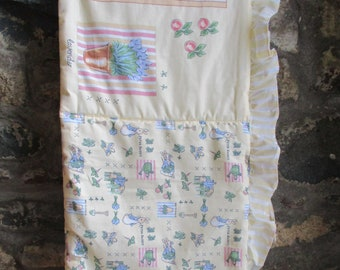 Peter Rabbit Cot Bumper, F Warner & Co 1998, Bed Linen, Nursery Decor, Beatrix Potter, Craft Fabric.