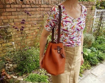 Leather Bucket Bag Over the Shoulder Style handmade in UK by me....calf leather (E52)