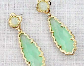 Mint and Goldtone Scalloped Teardrop Earrings | Make a statement with these gorgeous earrings