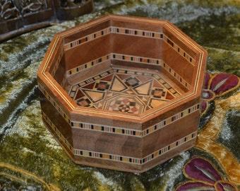 Vintage Syrian Trinket Box Inlaid with Various Wood