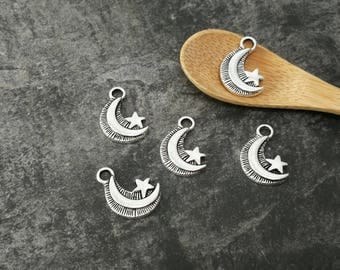 Moons and stars, pendants charms Crescent Moon and stars in silver, 28 x 12 mm