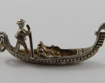 Couple on a Gondola Ride Silver Vintage Charm For Bracelet