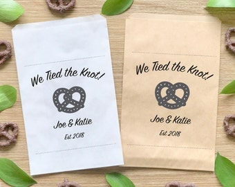 Wedding Pretzel Favor Bags, We Tied the Knot Treat Bags, Custom Candy Bags for Special Events-BWE-109