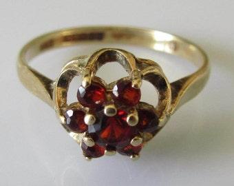 Vintage 9ct  Gold Garnet Flower Cluster Ring