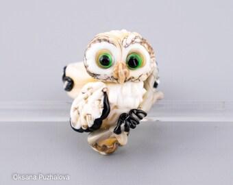 Lampwork glass bird, owl ring, glass bird, lampwork owl, glass ring, glass animal ring, lampwork bird ring (size 17 -  M  - 6 1/4)