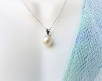 Pearl Necklace 14K White Gold