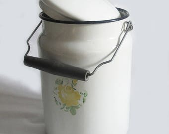 Retro Enamel Milk Can, Soviet Enamelware,  White Milk Container with Lid,  Rustic Home Decor, USSR