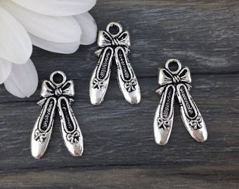 Ballerina Slipper Charms, Dancers Shoes, 10 or 20 pcs, Antique Silver, Ballet Shoe Charms, Toe Shoe, Ballerina, CH273