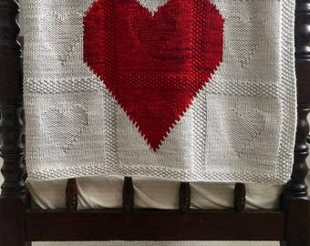 Lovey Dovey :  A Knitting Pattern for a Baby Blanket