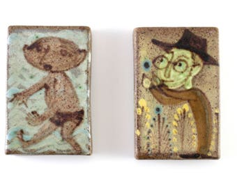 Dybdahl - 2 small ceramic wall hanging / plaque - from the Danish artist Dybdahl