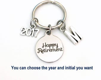 Retirement Keychain for Him Her, 2018 2017 Happy Retire Present Coworker Key chain Gift for Boss Keyring Initial letter custom Dad Mom Men