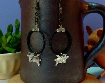 Small hoop earrings flying pig