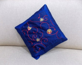 Indian Pure Silk Cushion Cover Home Floral Decorative Blue Color Size 17x17""