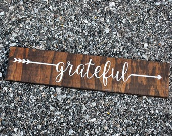 Rustic Grateful Sign | Grateful Wall Decor | Grateful Wood Sign | Farmhouse Sign | Thankful Sign | Rustic Arrow Wall Decor | Rustic Decor