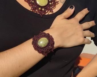 Macrame Bracelet, Serpentine stone, Serpentine bracalet, natural Stone, Handmade bracelet.