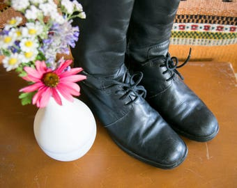 Vintage Lace Up Riding Boots | Women's size 8 | Stacked Heel | Black Leather