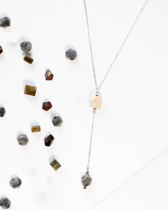 Geometric Drop Diffuser Necklace (Silver)
