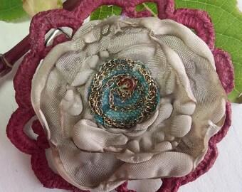 Vintage style, flower hair clip, girls flower clip, vintage flower clip, hair flower, girls clip, hair accessories, flower girl clip, boho