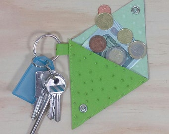 Green faux leather and key chain 2 in 1 wallet
