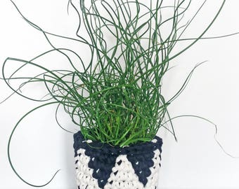 monochrome houseplant planter, eco crocheted plant pot cover, indoor plant pot, black and white, mothers day gift, plant lover gift, cactus