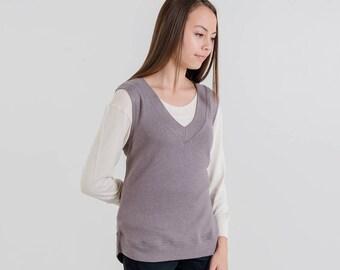 V-Neck Knit Vest (Mink Grey)
